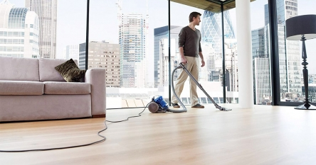 10 Stylish Dyson Canister Vacuum Cleaners 2020 – Shows you what the ease of cleaning means!